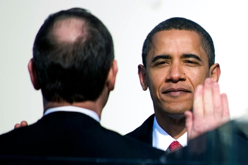 Barack_Obama_Inauguration_Oath.jpg